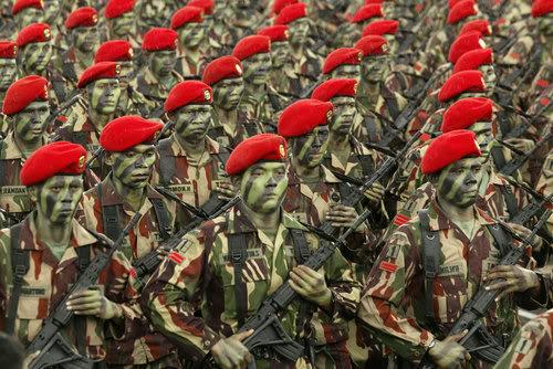 MENGEJUTKAN!!! Kopassus Salah Satu Pasukan Elit Paling Ditakuti di Dunia